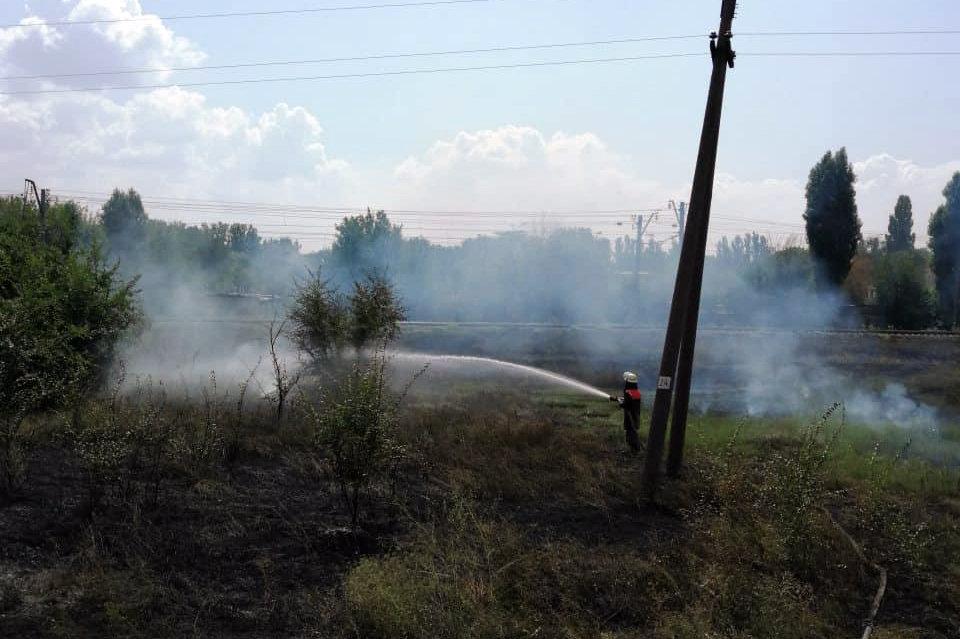 За прошедшие сутки на Днепропетровщине спасатели потушили 16 пожаров, фото-5