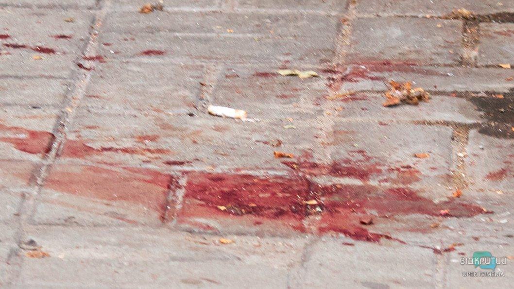 Кровавая бойня в Днепре: из здания «Национальной лотереи» шесть «скорых» госпитализировали пострадавших, фото-2