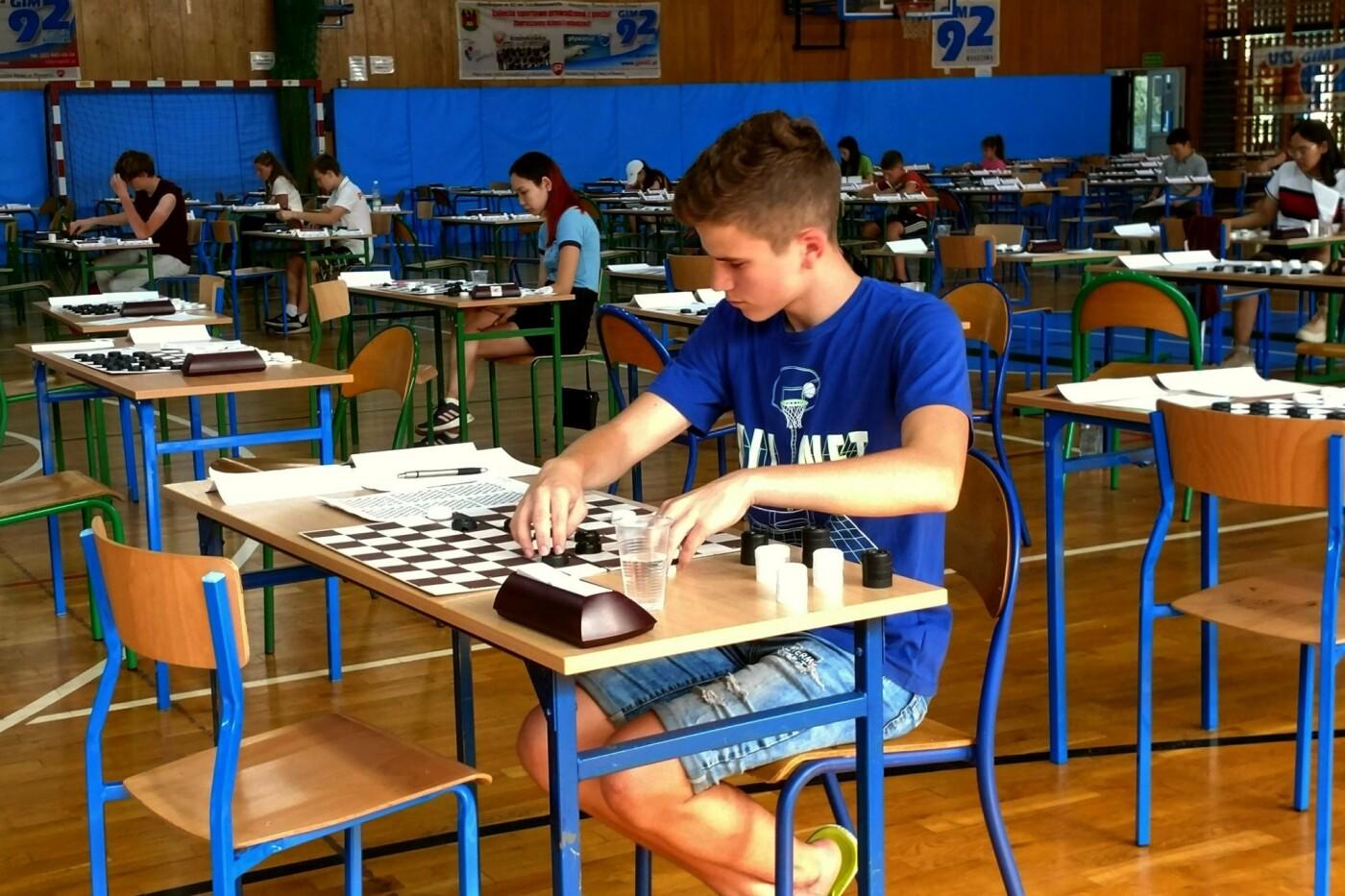 Каменчане завоевали медаль и кубок на молодежном Евро по шашкам, фото-2