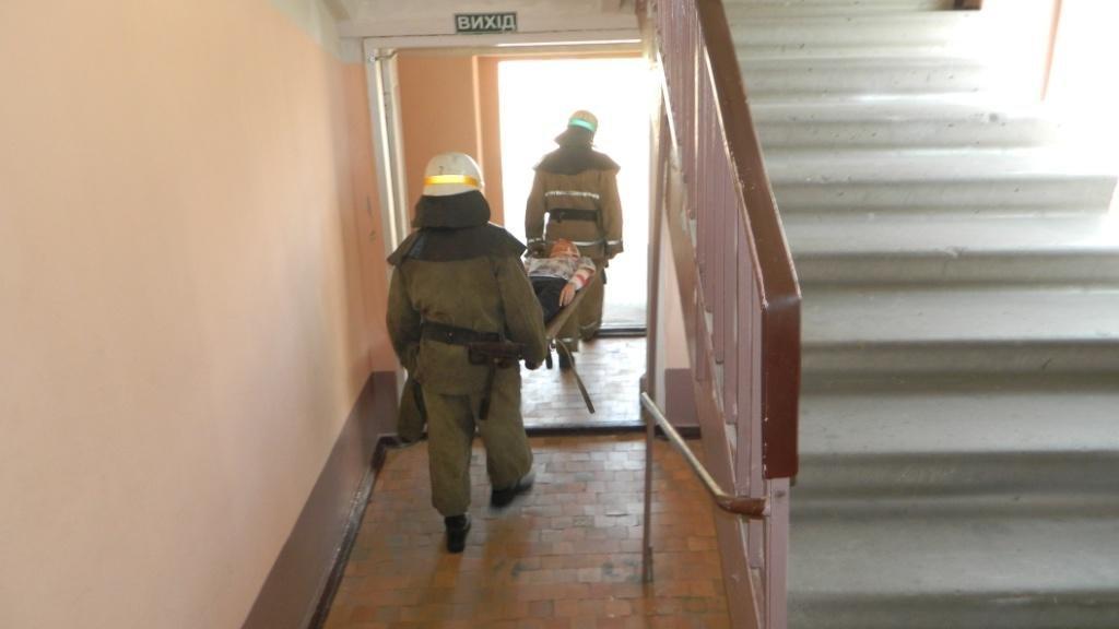 В Каменском спасали «пострадавших» от взрыва газа, фото-2