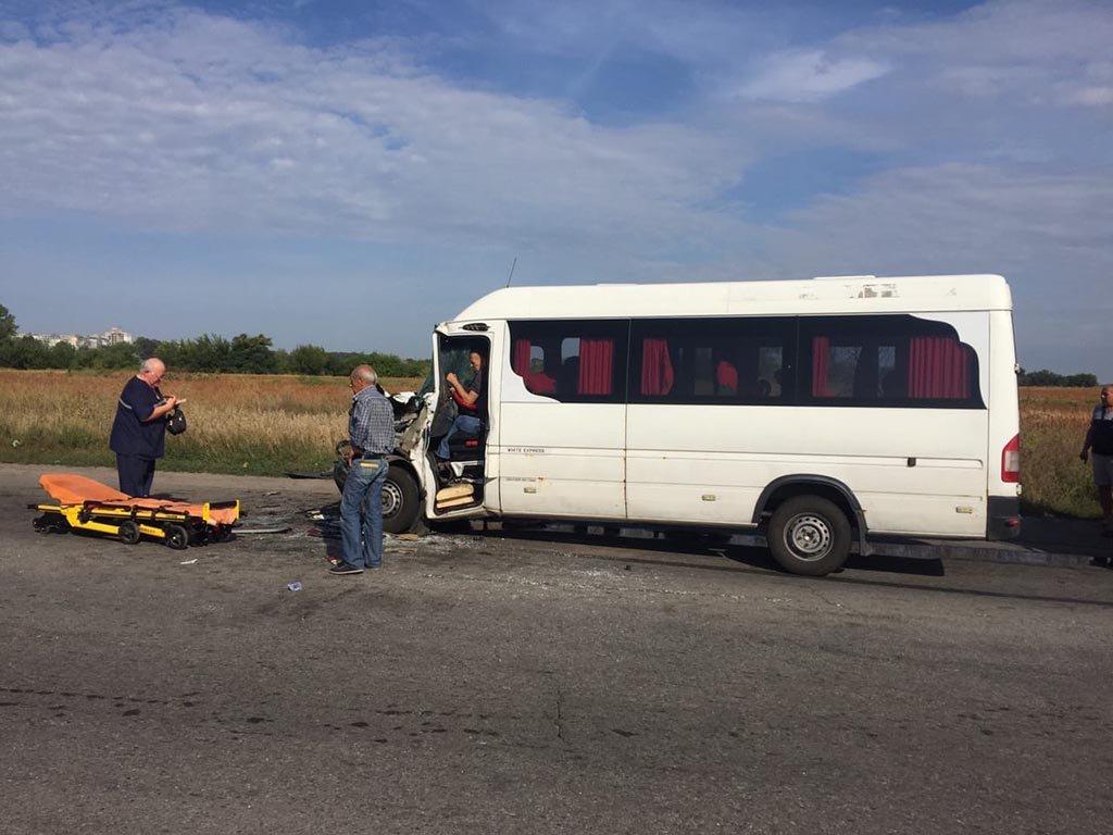 В ДТП пострадали 9 пассажиров и водитель маршрутки «Днепр-Каменское», фото-1