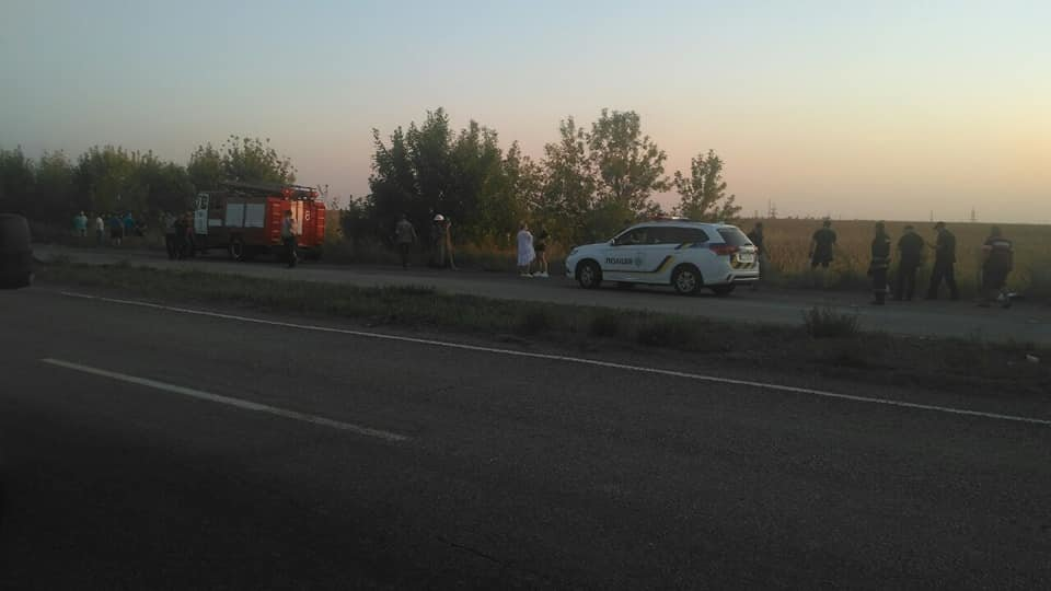 На трассе «Днепр – Каменское» произошло серьезное ДТП, фото-4