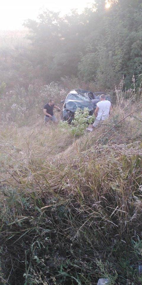 На трассе «Днепр – Каменское» произошло серьезное ДТП, фото-3