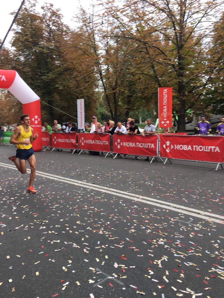 Каменчанин стал призером марафонского забега в Полтаве, фото-1
