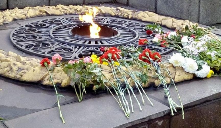 Каменскому «Прометею» просят вернуть вечный огонь, фото-1