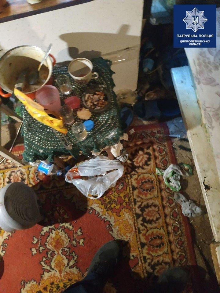 На Днепропетровщине месячный ребенок жил среди мусора с пьющей матерью , фото-2