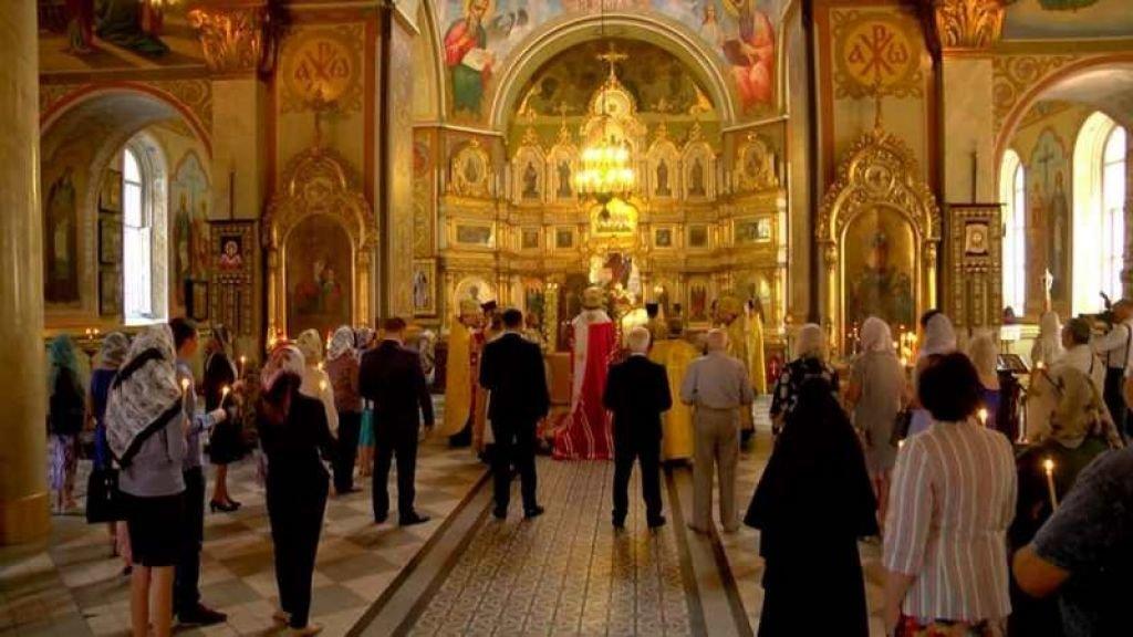 В Каменском молились за процветание города, проводили квест и открывали новый кинозал, фото-2
