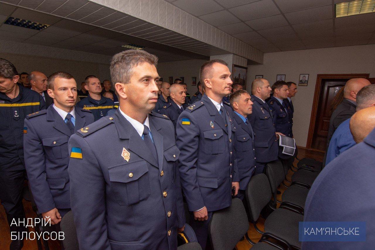 Мэр Каменского поздравил спасателей с профессиональным праздником, фото-1