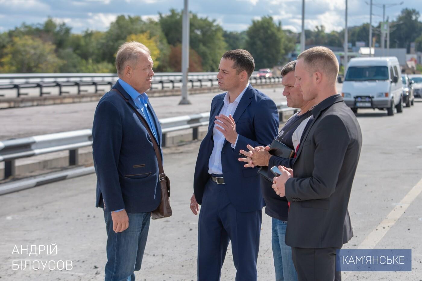 В Каменском продолжается ремонт деформационных швов на мосту , фото-1