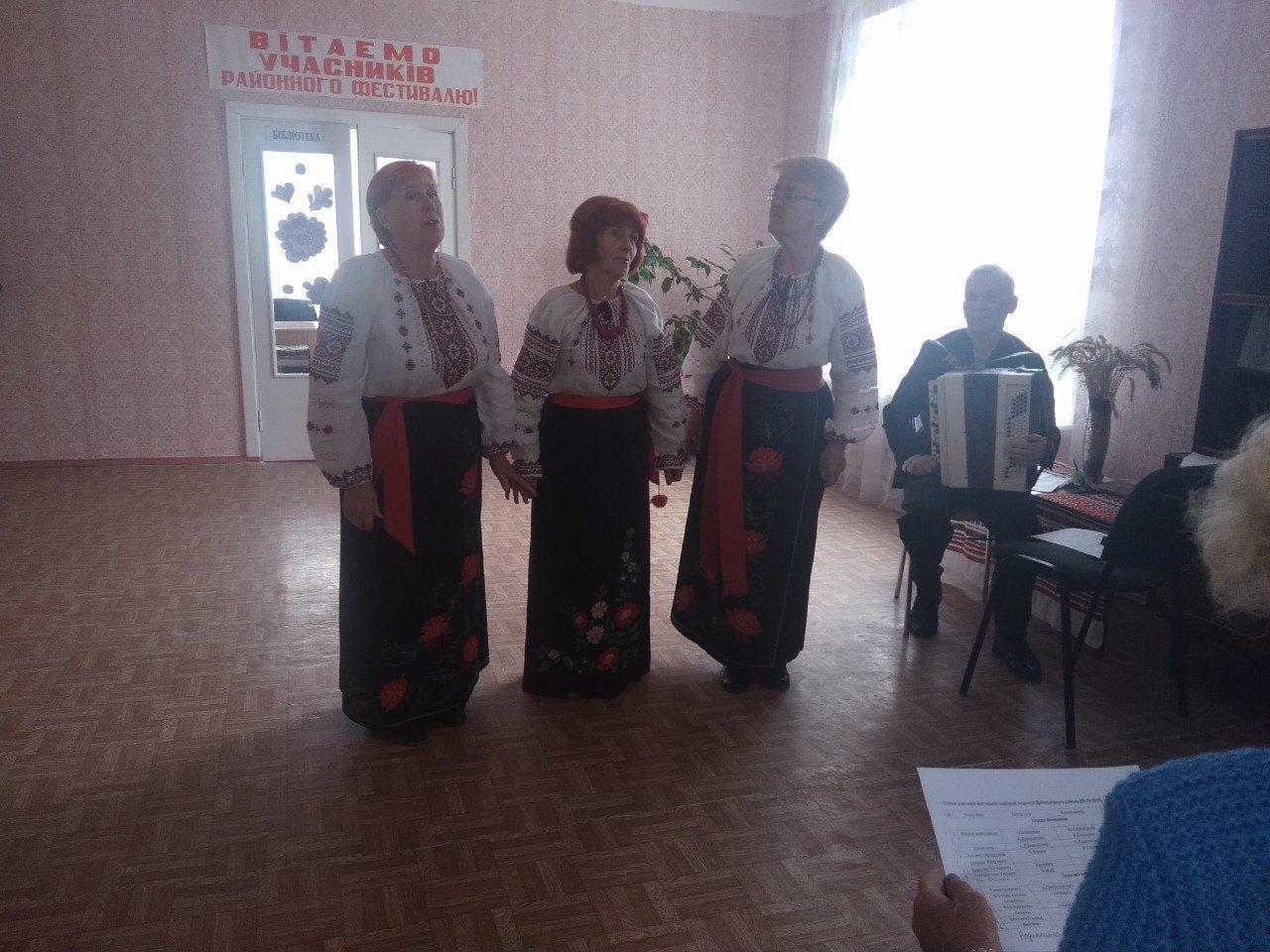 К 76-летию освобождения города: в Каменском прошел Фестиваль народного творчества, фото-5