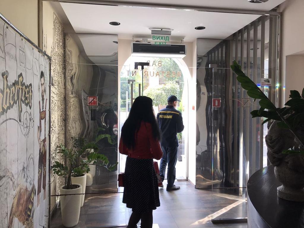 В Каменском по поручению премьер-министра проверяли гостиницы и места отдыха , фото-1