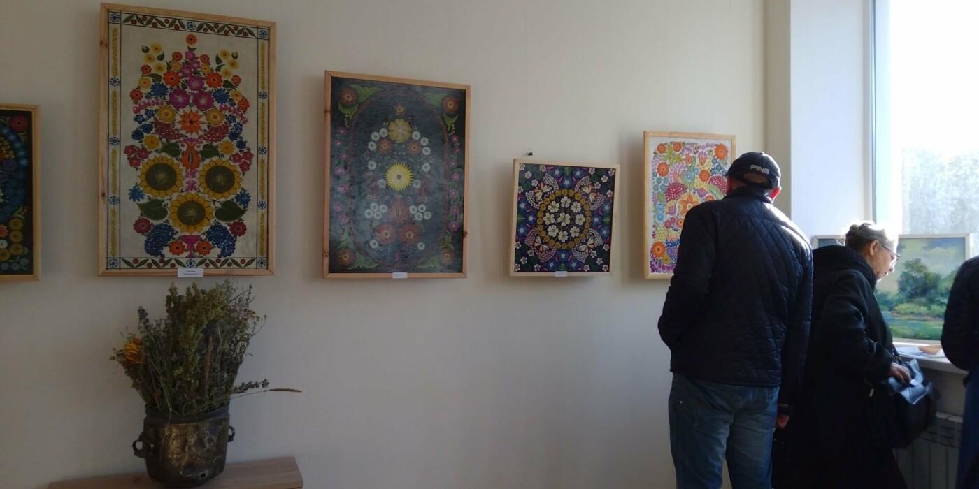 В Каменском открылась выставка для поклонников реализма, фото-3