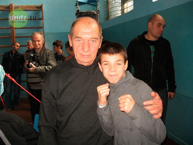 В Каменском попрощались с известным тренером по боксу, фото-1