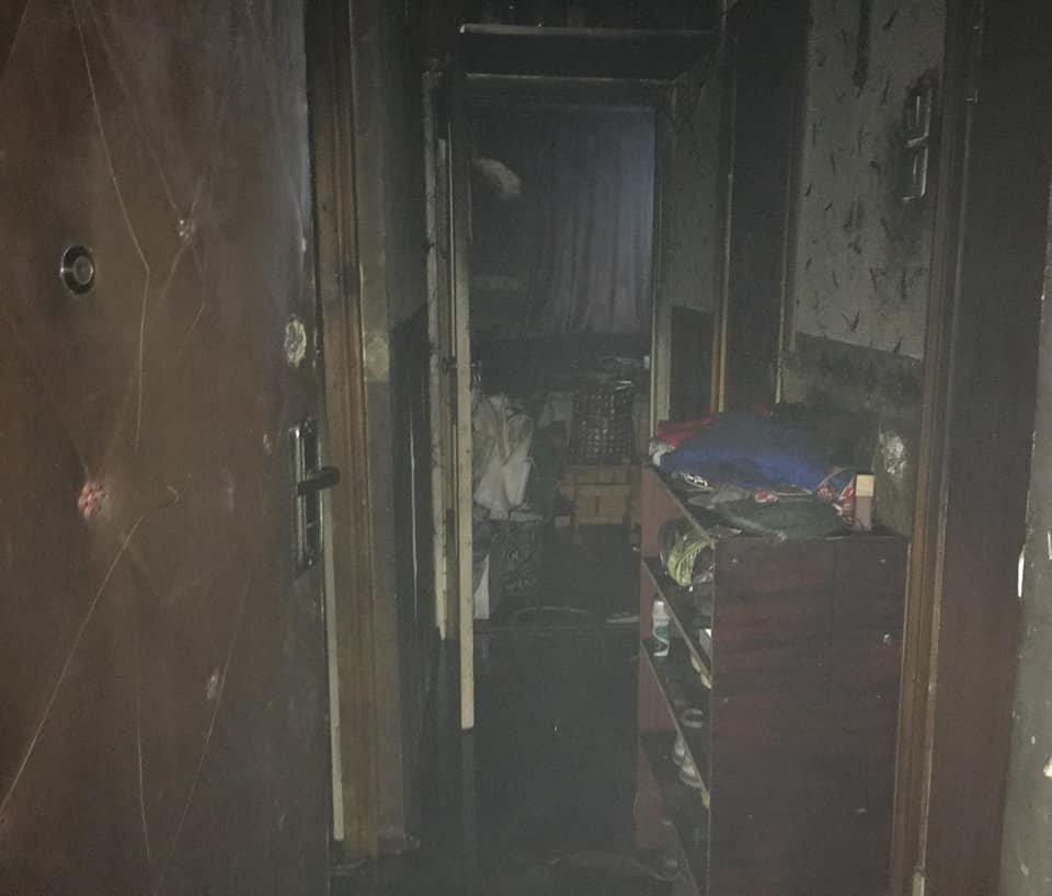 В Южном районе Каменского горела квартира, фото-2