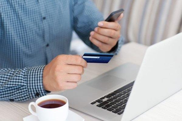 Как быстро получить кредитные деньги на банковскую карту?, фото-1