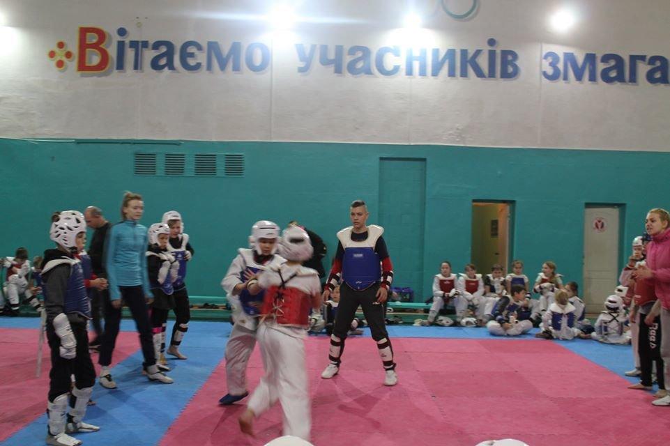 В каменской ДЮСШ №1 прошла матчевая встреча тхэквондистов, фото-11