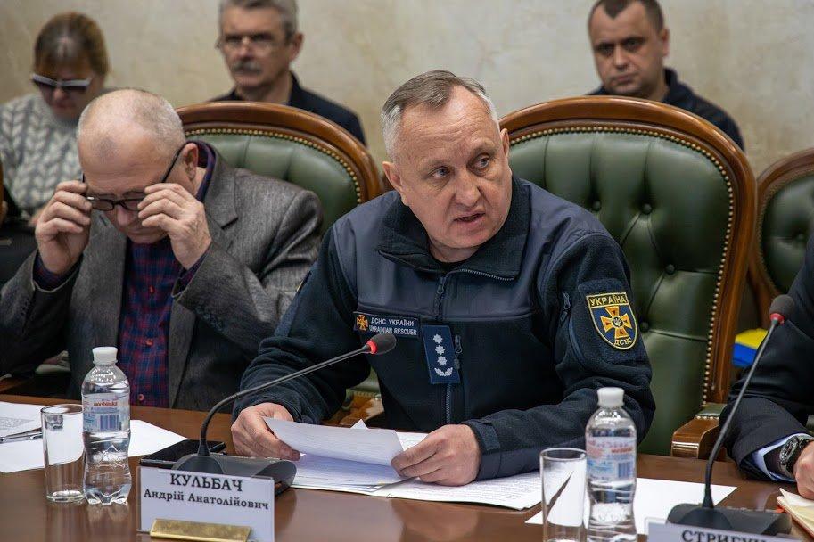Коронавирус атакует: в аэропорту и на вокзале Днепра установят «защитные границы», фото-2