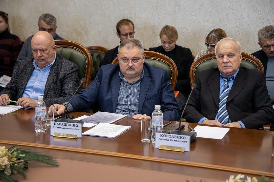 Коронавирус атакует: в аэропорту и на вокзале Днепра установят «защитные границы», фото-3