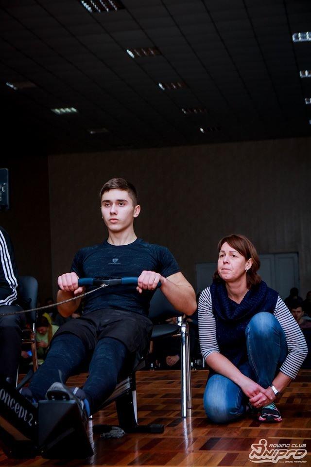 Каменские гребцы-академисты соревновались на эргометрах, фото-2
