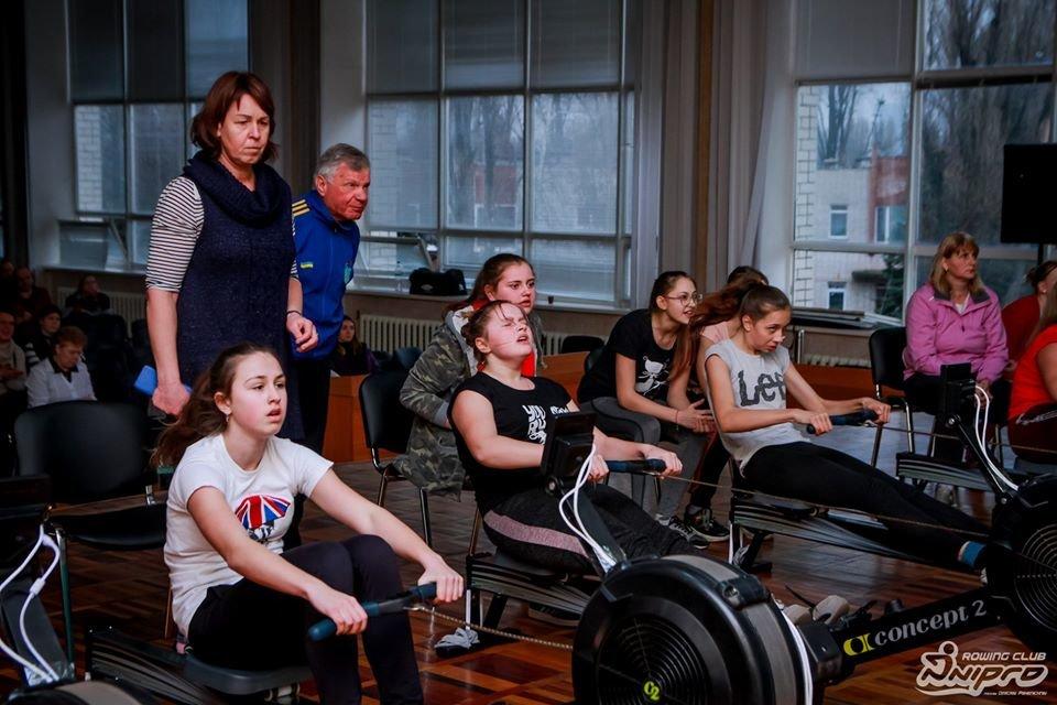 Каменские гребцы-академисты соревновались на эргометрах, фото-14
