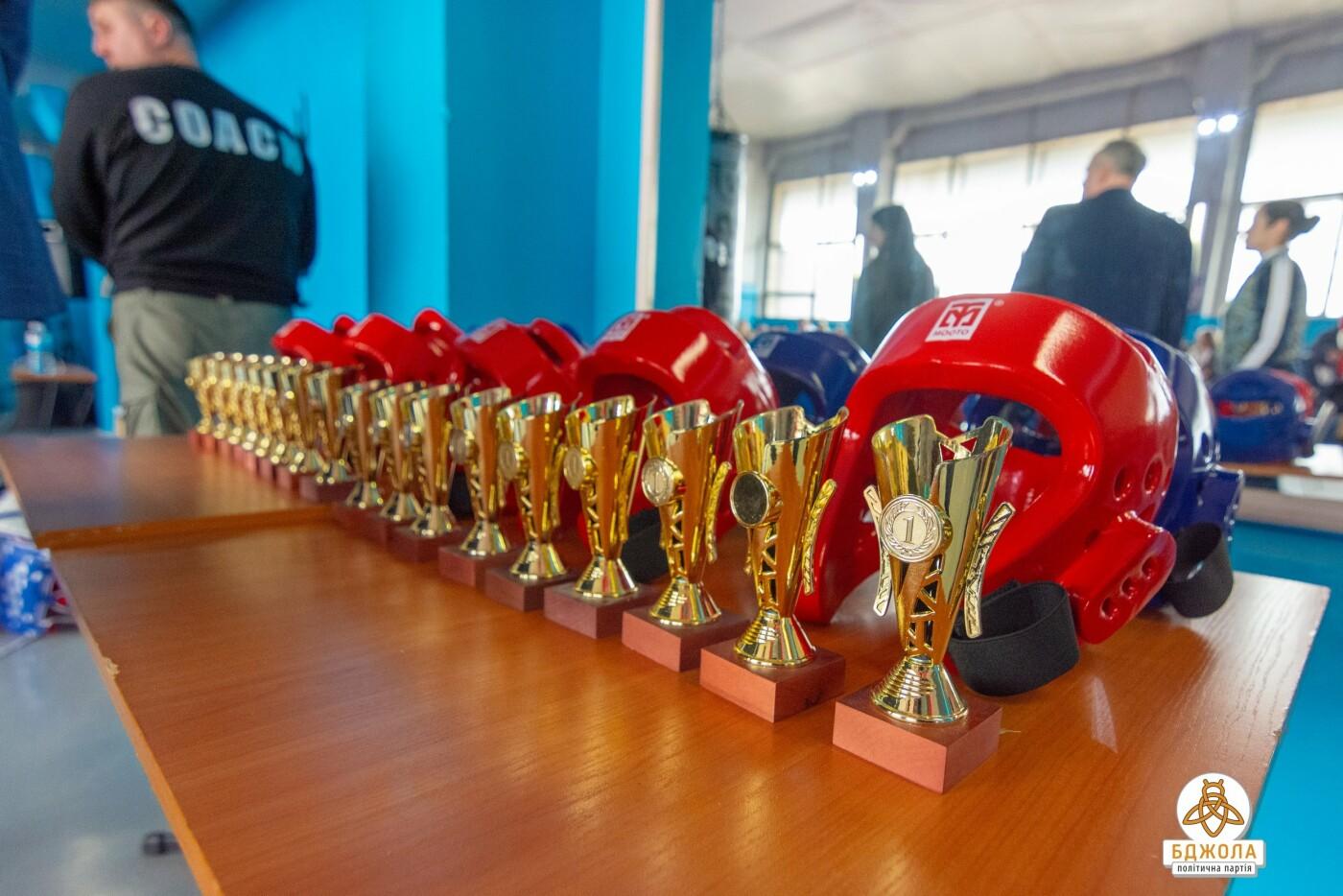 В Кам'янському пройшла череда спортивних заходів за підтримки «Бджоли», фото-7
