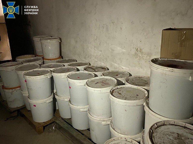 В Днепре нелегально изготовляли табак для кальяна, фото-1