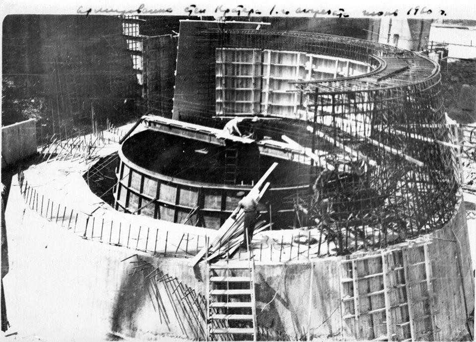 В Каменском на ГЭС начали реконструкцию старейшего гидроагреата, фото-1