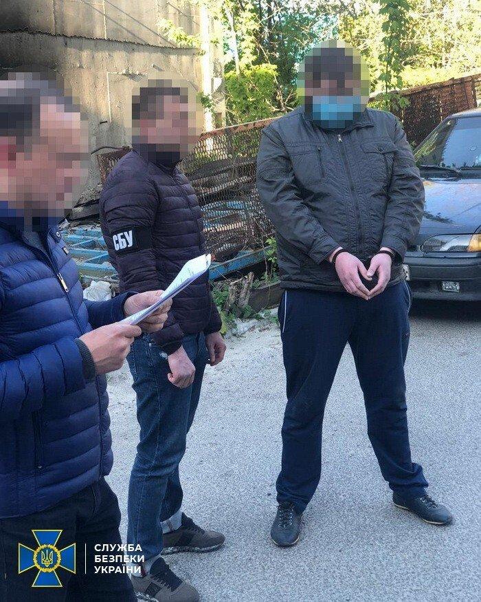 В Днепре прокурор предлагал за деньги закрыть дело о наркотиках, фото-1