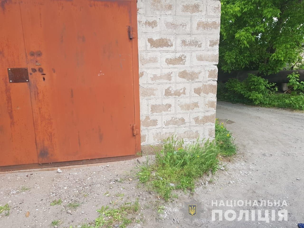 В Каменском в День Победы избитый мужчина умер на лестнице, пытаясь добраться домой, фото-1