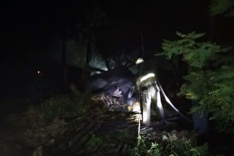 В Пятихатском районе горели 5 тонн сена, фото-1