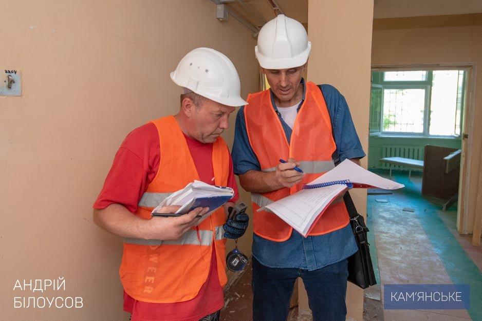 Комфортные условия для врачей и пациентов: в больницах Каменского продолжаются капитальные ремонты, фото-3