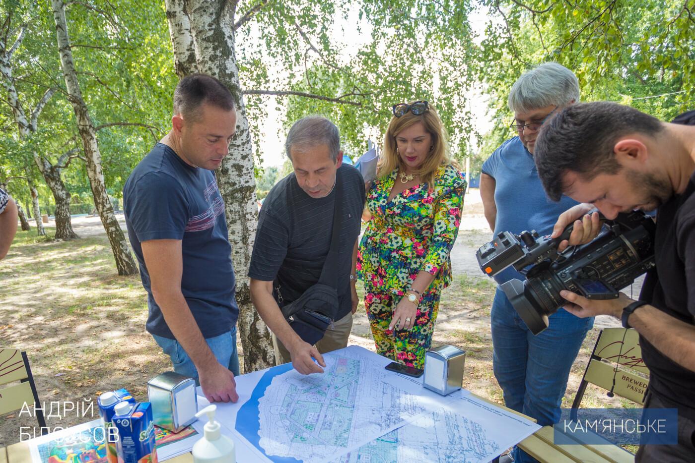 Новые аттракционы, тротуарная плитка и площадки: в Левобережном парке Каменского началась реконструкция, фото-5