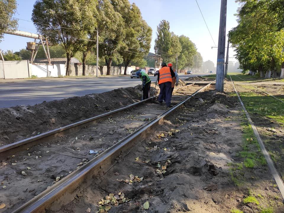 В Каменском меняют трамвайные рельсы в районе станции Баглей, фото-1