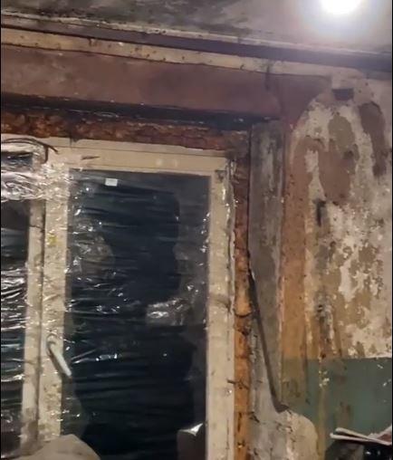 Останки животных, драки и фекалии на стенах: как живет семья на Никопольской, фото-3