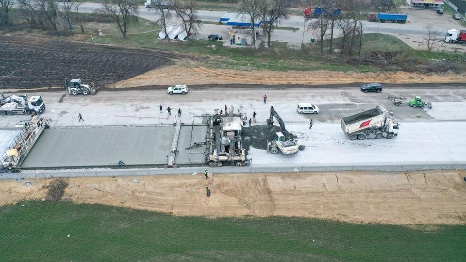 Как выглядит строительство трассы Днепр - Решетиловка с высоты птичьего полета, фото-4