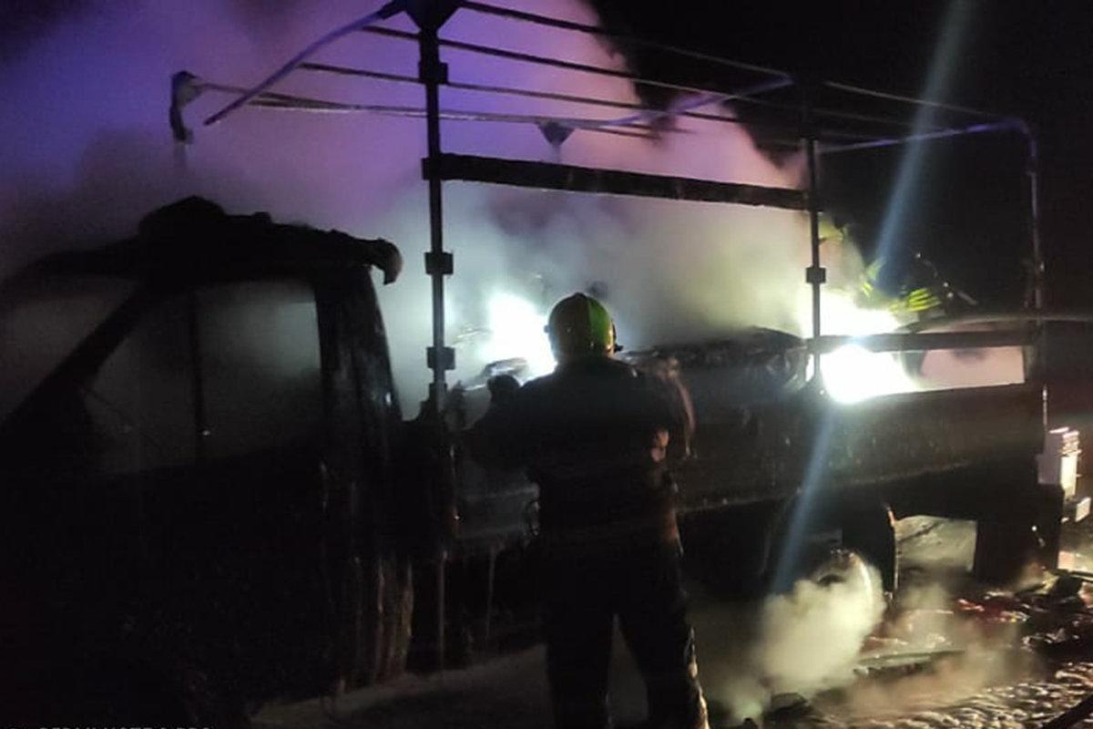 Под Каменским горел грузовик, фото-1