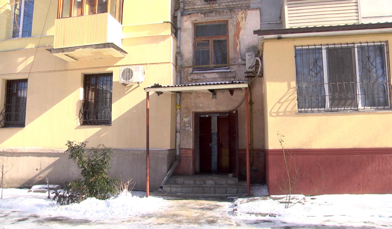 Аварийная служба Каменского обеспечивает тепло в домах горожан, фото-4