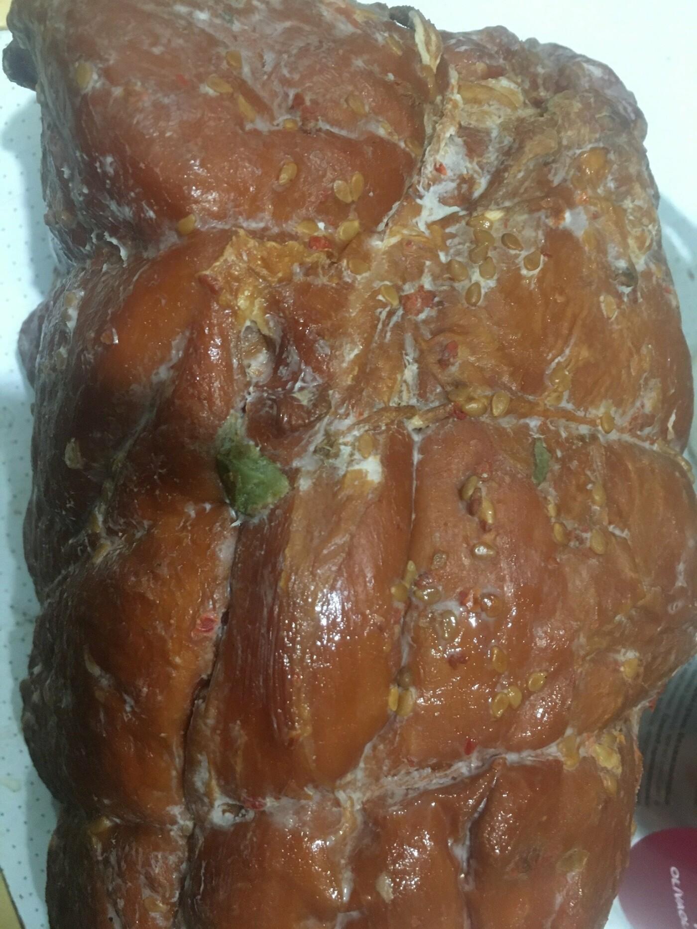 В Каменском экс-сотрудница Салтовского мясокомбината рассказала, как спасают мясо: шок фото, фото-2
