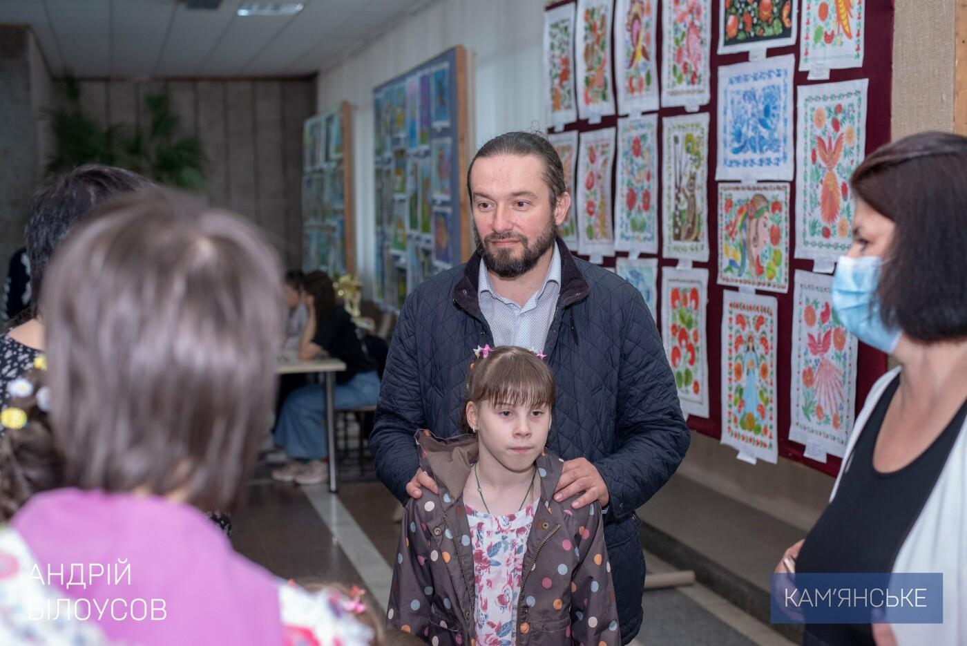Мэр Каменского поздравил маленьких горожан с Днем защиты детей, фото-2