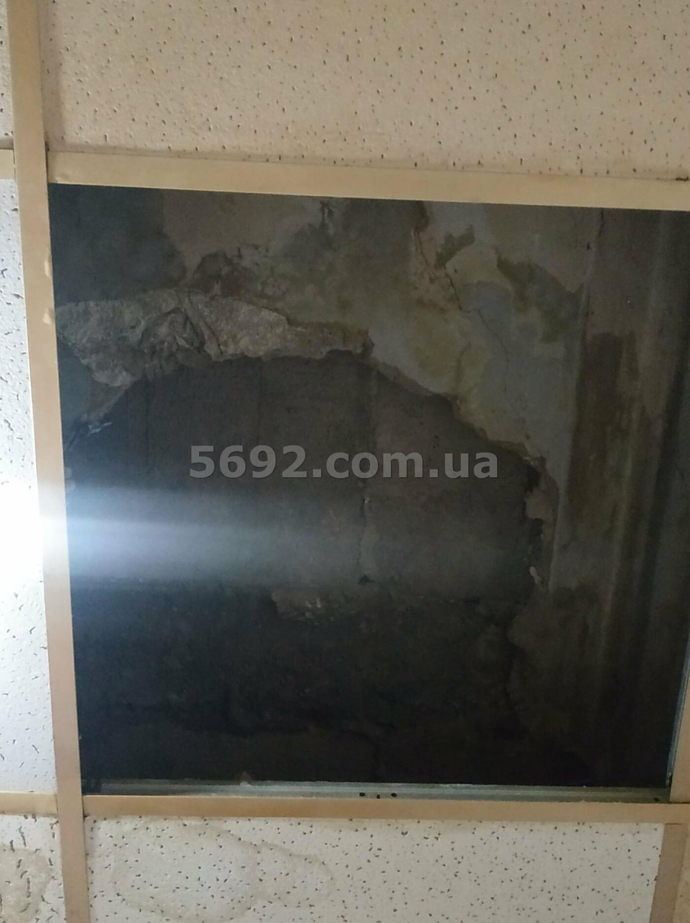 В общежитии ДНУ в Днепре обвалился потолок, фото-1