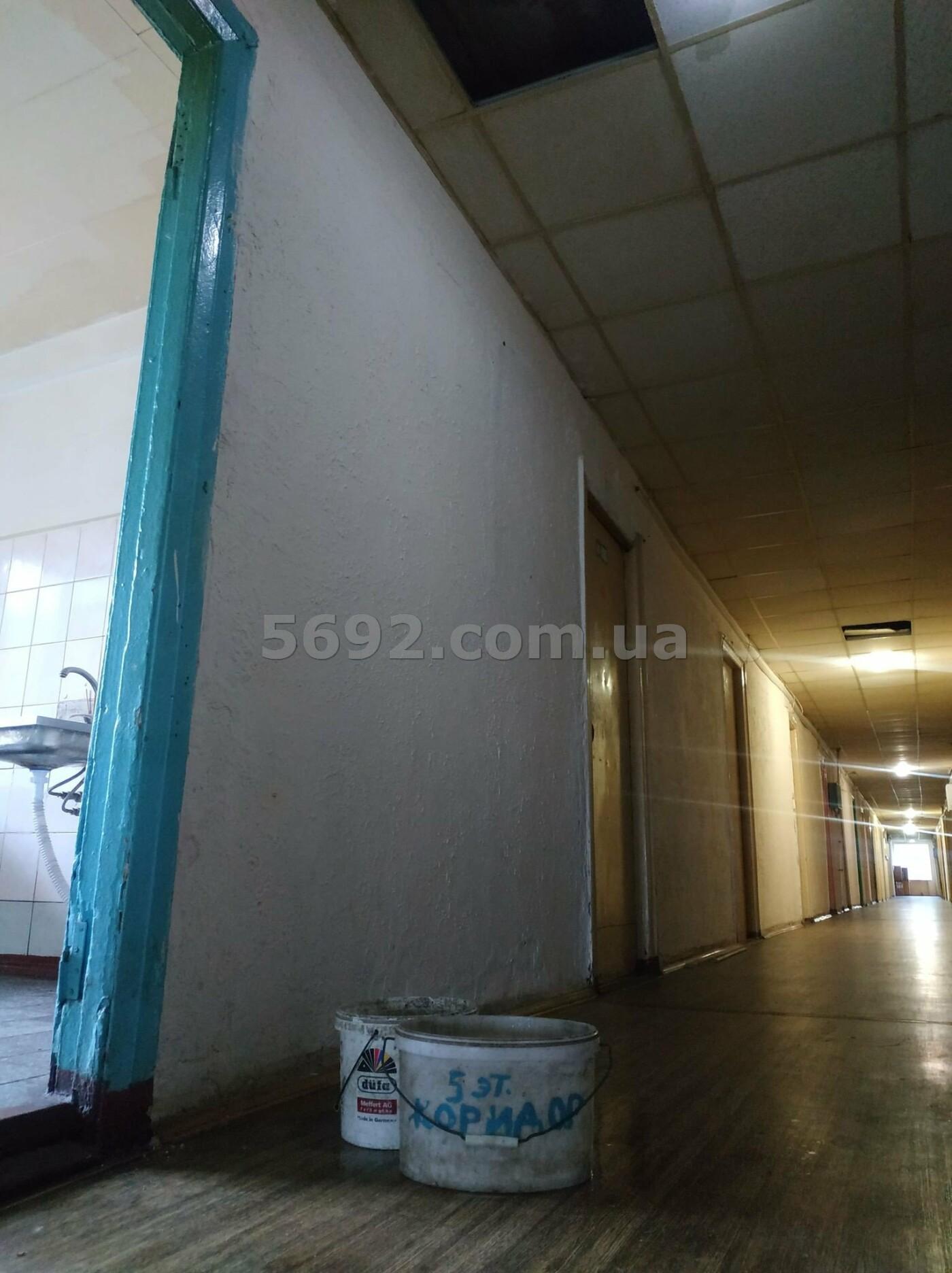 В общежитии ДНУ в Днепре обвалился потолок, фото-3