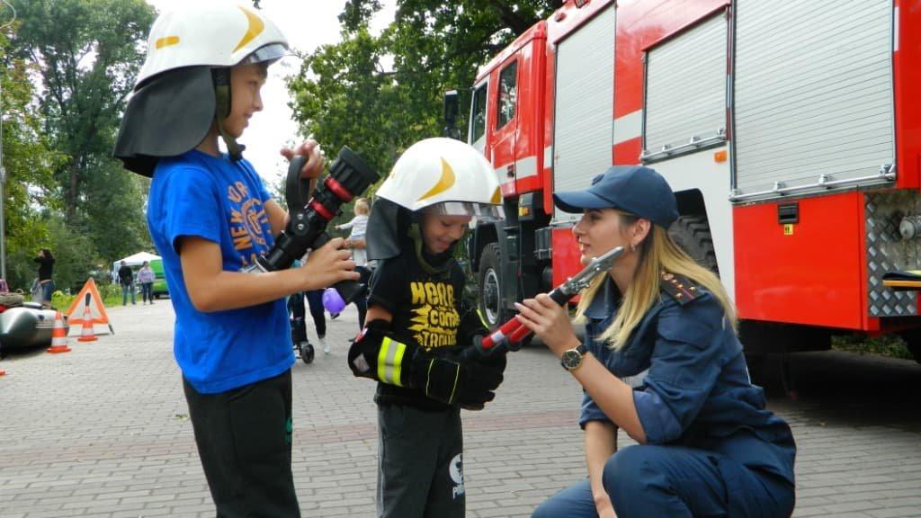 Жіноче обличчя Служби порятунку «101» Кам'янського, фото-2